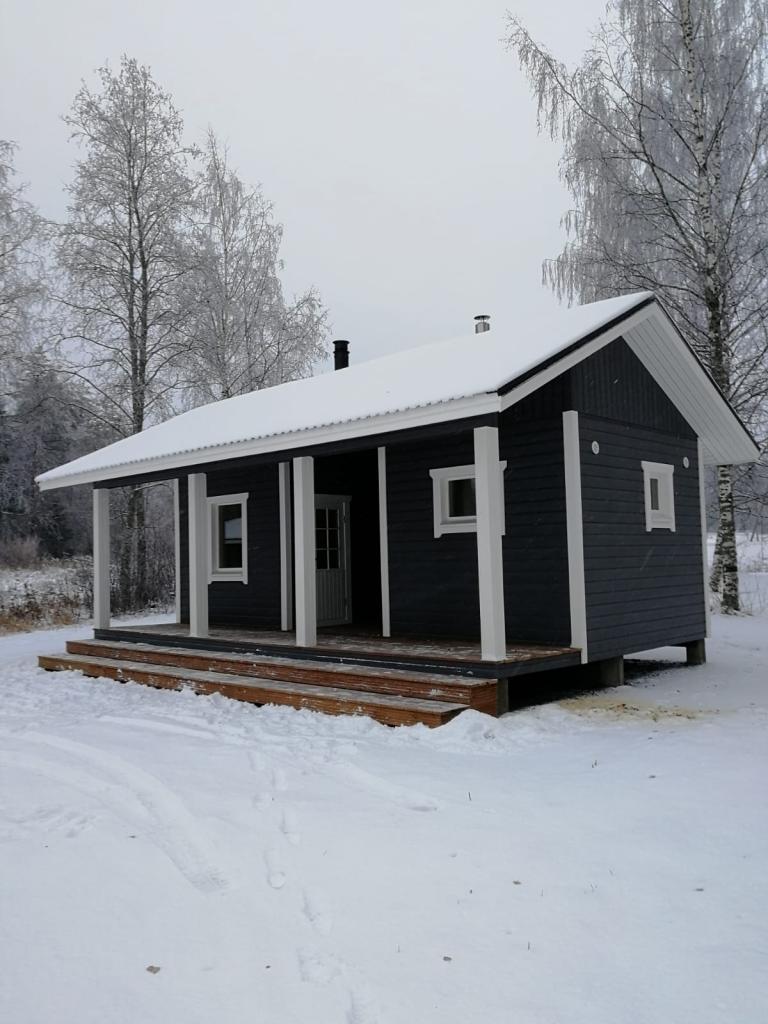 Tämän kuvan alt-attribuutti on tyhjä; Tiedoston nimi on sauna-768x1024.png
